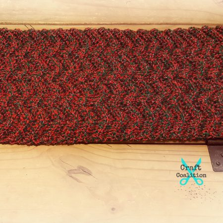 Ripple Table Runner crochet pattern | CraftCoalition.com