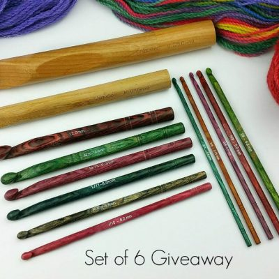 Giveaway – FREE Set of 6 wooden crochet hooks!